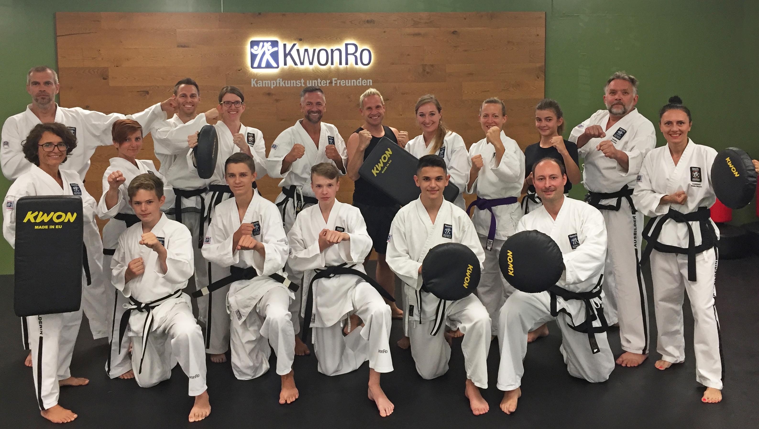 Das KwonRo Ausbilderteam